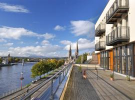 Hotel photo: Highland Apartments by Mansley