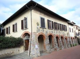 Hotel photo: Palazzo Tarlati - Hotel de Charme - Residenza d'Epoca