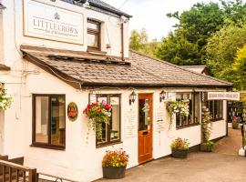A picture of the hotel: The Little Crown Inn