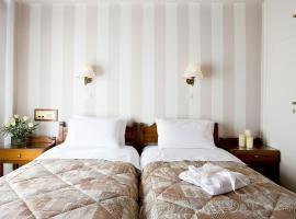 Hotel photo: Kouros Hotel