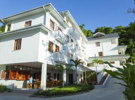 A picture of the hotel: Hilltop Boutique Hotel