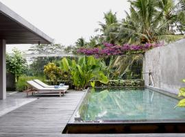 Hotel Photo: Villa Kayu Lama