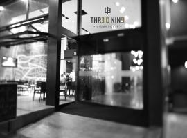 A picture of the hotel: Three O Nine Hotel