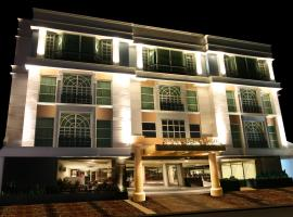 A picture of the hotel: Crown Regency Hotel Makati