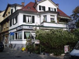 Foto di Hotel: Tasca im Feui Apartments