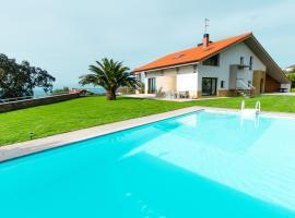 Hotel photo: Emyrent l Villa Igeldo