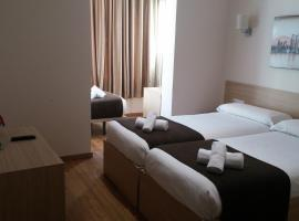 Hotel photo: Hostal Barcelona Travel