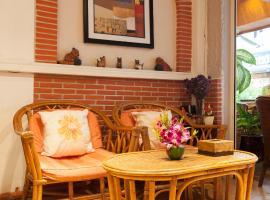Hotel photo: Karon Sunshine Guesthouse & Bar