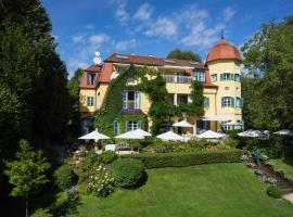 Hotel photo: Hotel Seeschlößl Velden