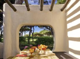 Hotel photo: Charming Villa Golf & Beach