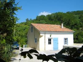 Hotel Photo: Moulin De Cornevis