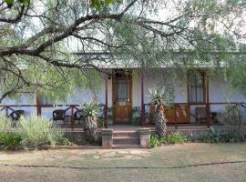 Hotel photo: Carnarvon Dale Lodge – Amakhala Game Reserve