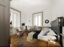 Hotel Photo: Unique 5 bed 4 baths flat in Monti
