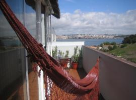 Hotel Photo: Trafaria Terrasse Apartment