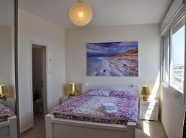 Hotel photo: ArendaIzrail Apartment - Yoseftal Street Bat-Yam