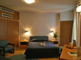 Hotel photo: Iniohos Hotel