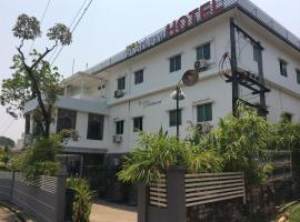 Hotel photo: Royal Platinum Hotel
