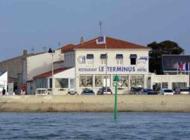 Hotel Photo: Le Terminus