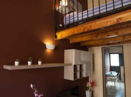 Hotel photo: 3 Wood Lofts