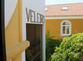 A picture of the hotel: Hotel Veleiro