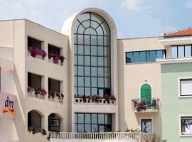 Hotel photo: Aparthotel Bellevue Trogir
