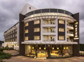 होटल की एक तस्वीर: The President Hotel