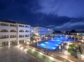 Hotel photo: Azure Resort & Spa