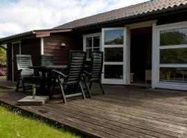 Hotel Photo: Ærenpris Holiday House