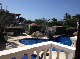 A picture of the hotel: Paloma Blanca 2E