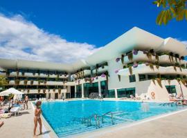 ホテル写真: Hotel Deloix 4* Sup