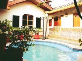 Hotel photo: Hostal Sonati