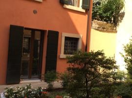 Hotel photo: L'Angolino Nascosto