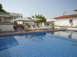 Hotel photo: Hostal Montesol