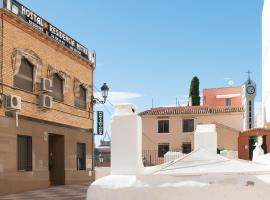 Hotel Photo: Hostal Mitre Paterna