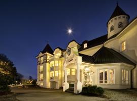 Hotel photo: Schloss Hotel Holzrichter