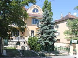 A picture of the hotel: Villa Hotel Kristal