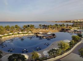 ホテル写真: Mövenpick Resort & Spa Tala Bay Aqaba
