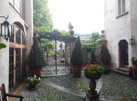 Hotel Photo: Palazzo Lambertenghi