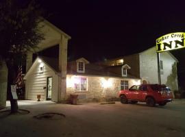 Hotel photo: Cedar Creek Inn