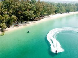 Hotel photo: Lakeside By Sokha Beach Resort