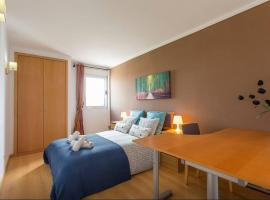 Hotel Photo: Cardoso Pires 2 Bedrooms Apt.