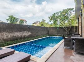 Fotos de Hotel: ZEN Rooms Basic Jimbaran Taman Mulia