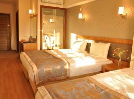 Hotel photo: Grand Anzac Hotel