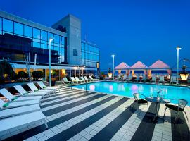 A picture of the hotel: Radisson Admiral Toronto Harbourfront