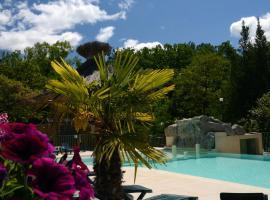 Hotel Photo: Camping Domaine de la Coronne
