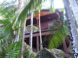 Hotel photo: Hillside Retreat