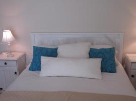 Hotel photo: Point Village Accommodation - Villa Phillipe 8