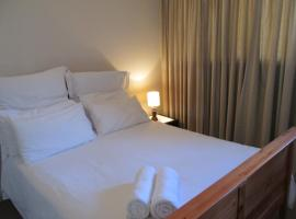 Hotel photo: Point Village Accommodation - Santos 34