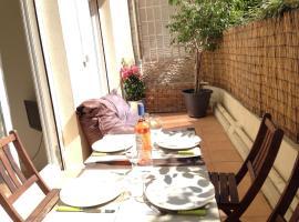 Fotos de Hotel: Appartement des Baumettes