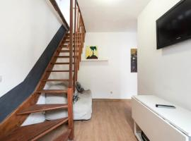 Hotel Photo: Atico duplex loft Lavapies